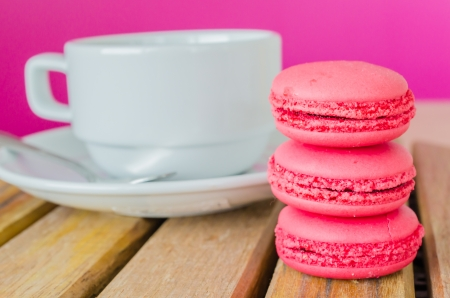 Strawberry Macaroon photo