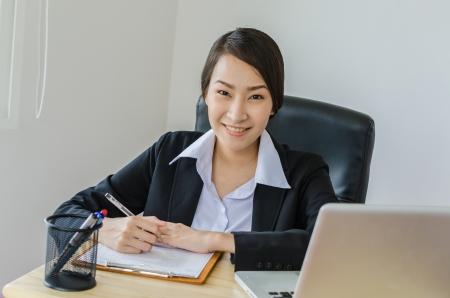 Business women use laptop Standard-Bild