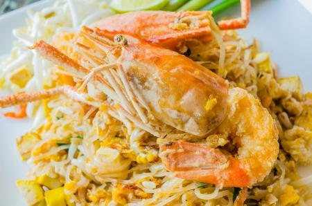 Stir Thailand with big shrimp (Pad Thai) photo