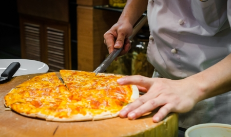 make a paste: Make pizza (Special procress)