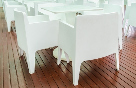 restuarant: White table in the restuarant