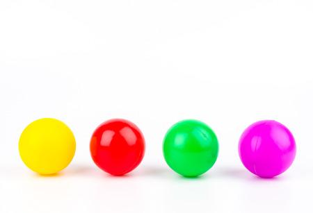 Farbe Ball auf weißem Hintergrund isoliert Standard-Bild - 24532427
