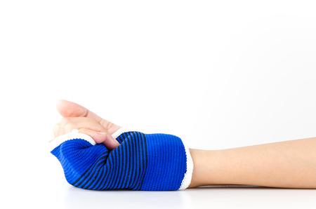 splint: Aislado blanco mu�eca f�rula de mano Foto de archivo