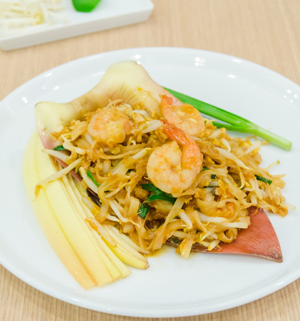 Pad thai photo