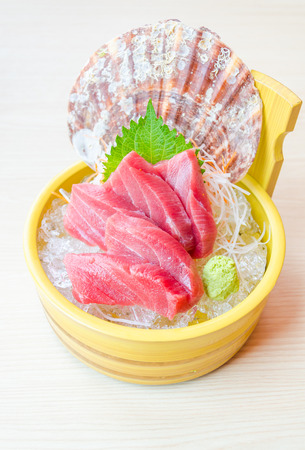 Sashimi de at�n photo