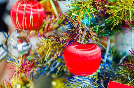 Decorate christmas tree Stock Photo - 28843978