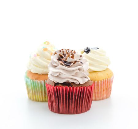 cupcakes isolated: Cupcakes isolated on white