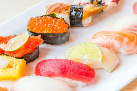 Sushi Standard-Bild - 30885945