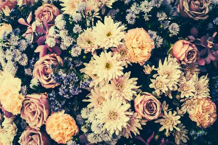 Fleures: Vintage vieux milieux de fleurs - images vintages de style d'effet Banque d'images
