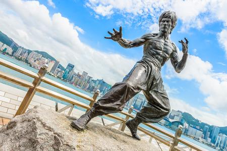 星光大道に 2014 年 8 月 14 日、Hong Kong、中国での香港, 中国 - 8 月 14 日: ブルース ・ リーの像。 報道画像