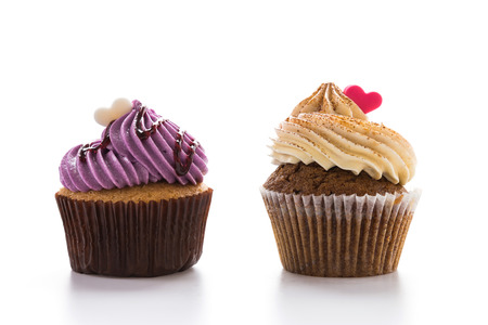 cupcakes: Cupcakes isolated on white