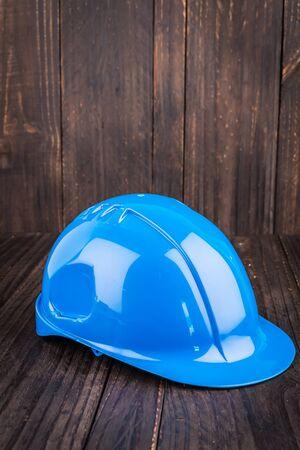 trabajando duro: Construcci�n casco en el fondo de madera
