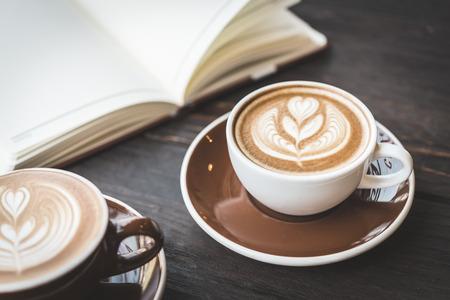 Soft focus on latte coffee cup - vintage effect process pictures Archivio Fotografico