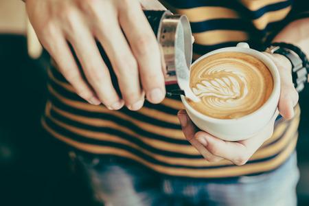 Latte la taza de café del arte - efecto vintage