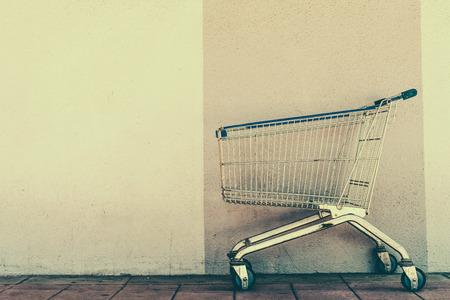 쇼핑 카트 - 빈티지 효과 스타일의 사진