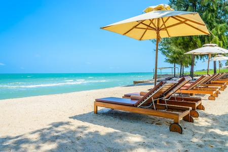 beach chairs: Bed beach on tropical beach