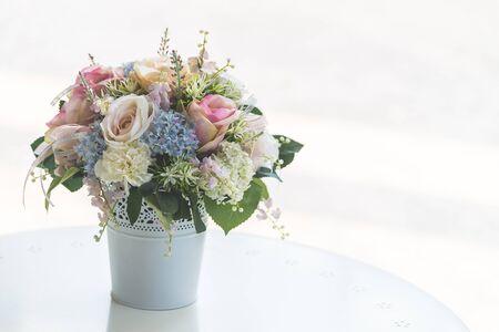 Flower vase - soft filter effect processing Banque d'images