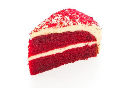 Rode fluwelen taarten geïsoleerd op wit