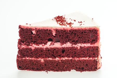 rebanada de pastel: Tortas de terciopelo rojo aisladas sobre fondo blanco
