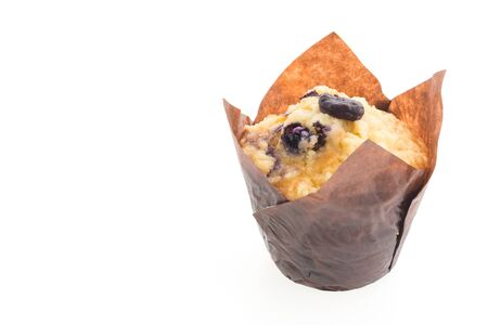 blueberry muffin: Blueberry muffin cakes isolated on white background