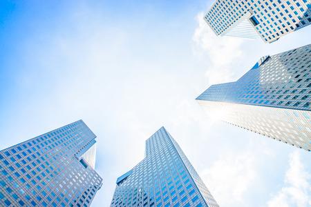 싱가포르 - 밝은 빛 처리 스타일 그림에서 스카이 스크 래퍼 건물