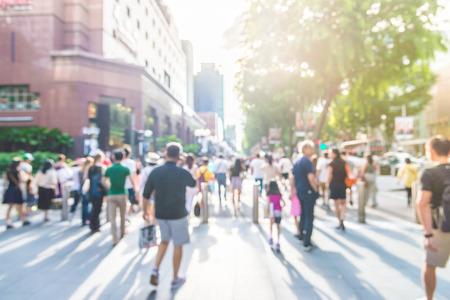 Blur Menschen an der Orchard Road in Singapur - sunflare Effektfilter Lizenzfreie Bilder