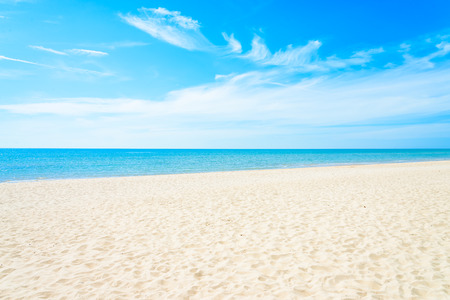 Empty sea and beach background with copy space Imagens - 43990064