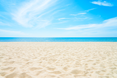 Leer Meer und Strand Hintergrund mit Kopie Raum
