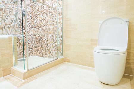 toilet: Toilet Editorial