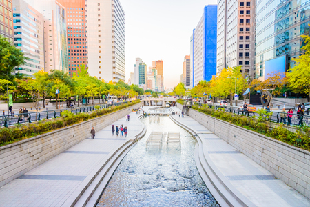 Cheonggyecheon Stream in Seoul City , Korea Banco de Imagens