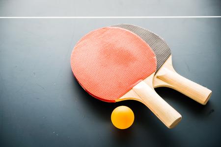 tischtennis: Tischtennis mit Ball Lizenzfreie Bilder