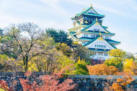 일본의 아름 다운 건축 오사카 성 스톡 콘텐츠
