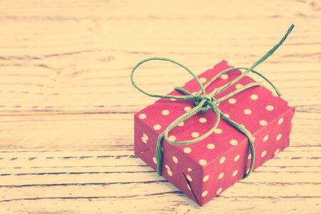 Vintage boîte polka cadeau dot - Vintage style de traitement de filtre