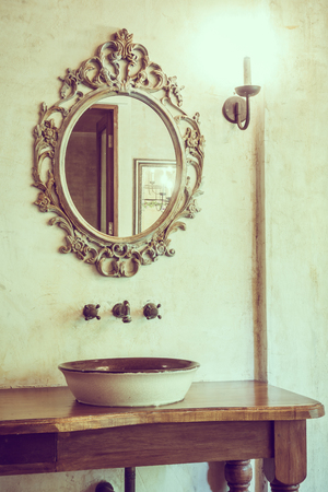 Vintage bathroom decoration with faucet and mirror - Vintage Filter Imagens
