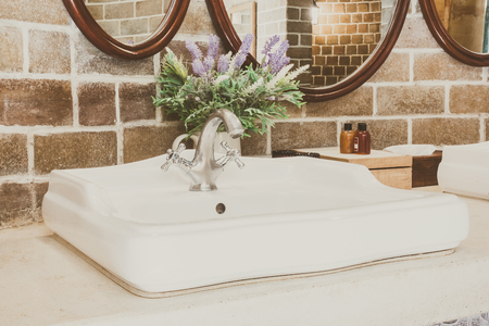 Beautiful luxury classic sink style - Vintage filter