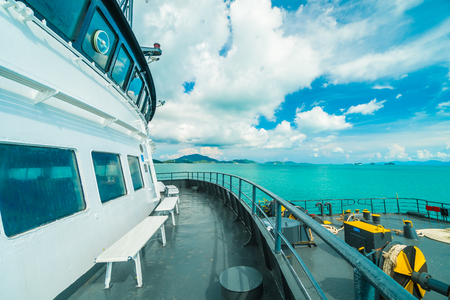 Koh Samui island , Thailand - May 22 2018 : Seatran Ferry conveying passenger from Donsak pier Surat Thani province to Koh Samui island in Thailand 版權商用圖片