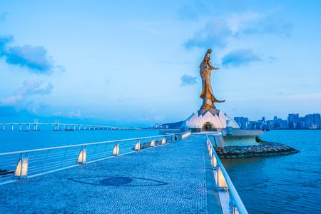 Bello punto di riferimento della statua di Kun iam nella città di macao