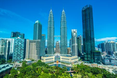 여행을 위한 말레이시아 쿠알라룸푸르 시의 아름다운 건축 건물 외관