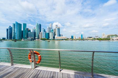 Singapore, 21 Jan 2019 : Beautiful architecture building skyscraper around marina bay in singapore city Редакционное