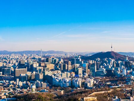 Beautiful Architecture building cityscape with tower in Seoul city South Korea Фото со стока - 131349449