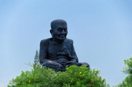 huay: Black Holy Buddha at Wat Huay Mongkol