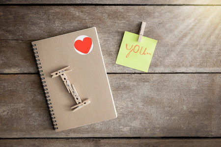 i love you sign: Notebooks, clip boards, Notepad, Arranged in is the meaning I Love You. Valentine Concepts