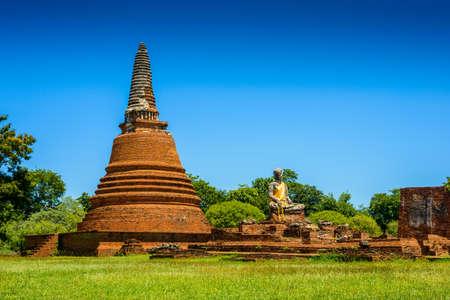 principal: Wat Worrachettharam The measurement is important temple in Ayutthaya, Thailand. Ayutthaya Historical Park