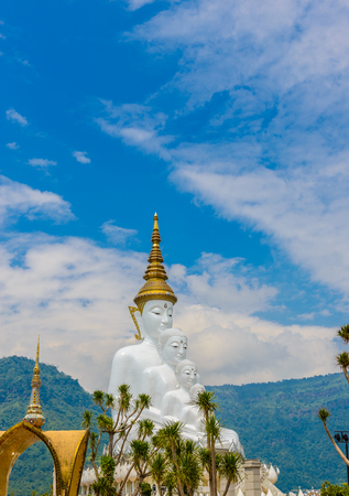 Big White Five buddha Statue in Wat Phra That Pha Son Kaew temple at Phetchabun Thailand Фото со стока - 114895416