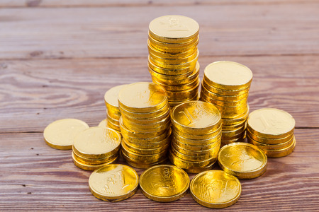 white interest rate: gold coin stsck