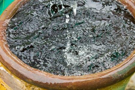 eau de pluie: L'eau de pluie stockage des pots en Tha�lande