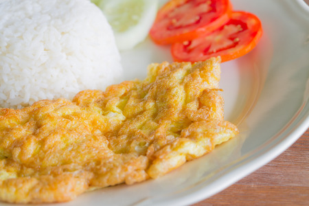 Rice with plain omelet