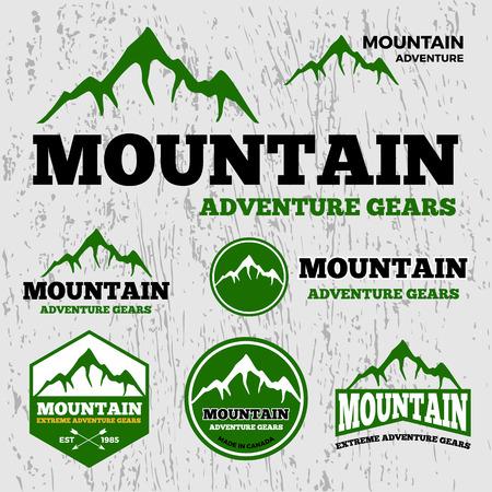 Premium berg avontuur vector logo template De gebruikte lettertypes zijn allemaal gratis Stock Illustratie