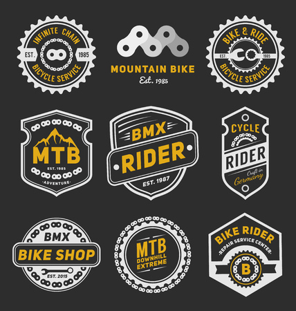 Set of bicycle badge logo template design for logo, label, T-shirt, stamp, sticker, banner and other design. Vector illustration Vectores