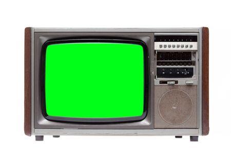 Vintage TV : ancienne TV rétro avec écran vert isolé sur fond blanc.